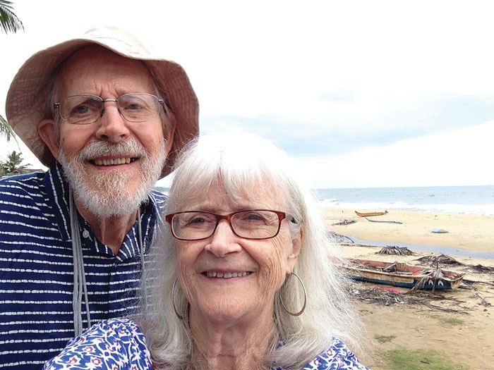 Dana Spicer McCown '54 and her husband Bob in India