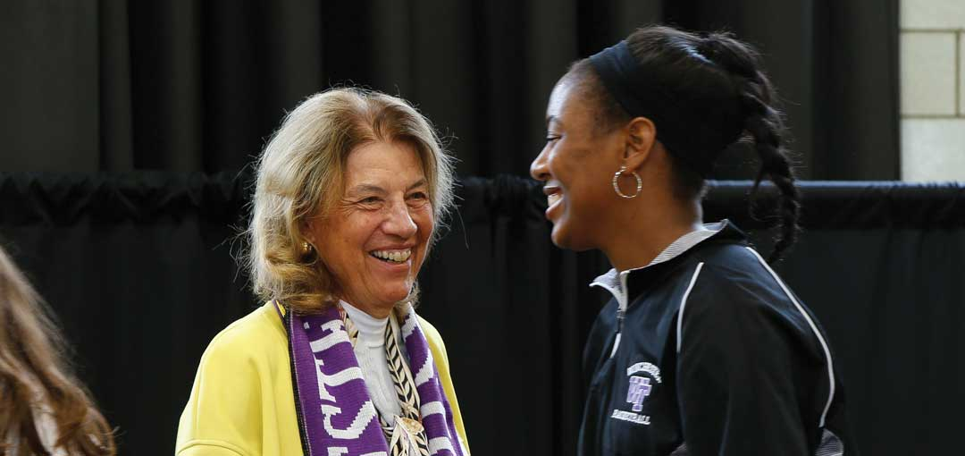 Hall-of-Fame-Gaylen-Westfall-Honorary-Alum-and-Ayana